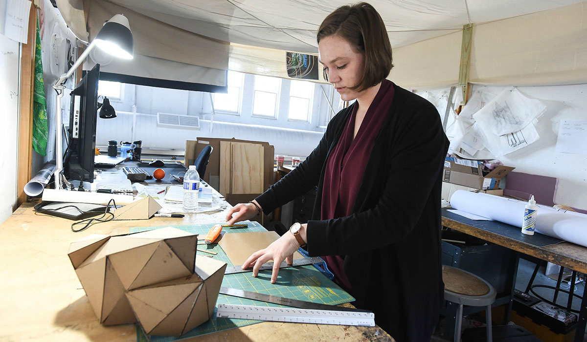 Tatiana Amundsen working in the architecture school building